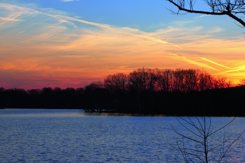 The sun sets over Spy Pond. In Technicolor!December 14, 2012.