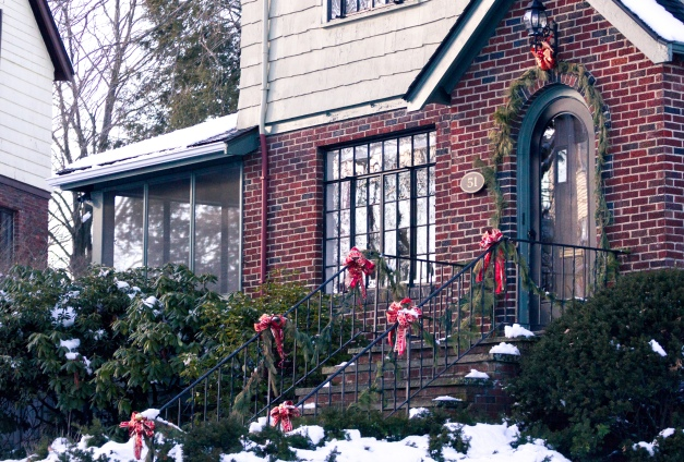 A house still decorated for the holidays on Richfield Road. January 25, 2015.